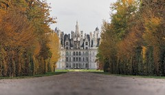 Le monstre (Yvainb) Tags: france chambord loire chateaux