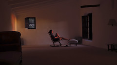 Pour les toiles filantes de Son Rullan (Giuseppe Suaria) Tags: sunset portrait sun window girl islands chair ray room son indoor mallorca deia balearic rullan