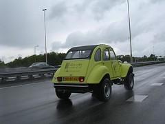 cm93 (azu250) Tags: 2005 car utrecht citroen bob meeting treffen rencontre hallen veemarkt citromobile bobtocht