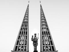 2016-10-29-001-MaMa - Augsburg - CPotC - 0046 - BW00001sr - W1920 (mair_matthias_1969) Tags: augsburg bayern deutschland de lumix panasonic dmcg7 dmcg70 mft microfourthirds g7 g70 lumixg7 lumixg70 nophotoshop keineschmutzigentricks ohneschmutzigetricks nodirtytricks gvario14140f3556 outdoor architektur gebude architecture building kirche church donbosco kirchturm belltower statue