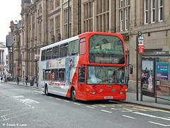 675 (YN05 WFC) - Queen Streeet, Nottingham (didsbury_villager) Tags: nottinghamcitytransport 675 yn05wfc nottingham