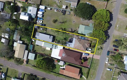 10 Rankin Road, Fern Bay NSW 2295