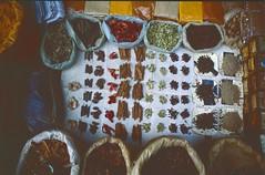 Delhi 2005 (patrikmloeff) Tags: indien india inde indian indisch asien asia asie asian asiatisch erde earth terre monde welt world ferien urlaub vacances holiday holidays beautiful analog analogue minolta sommer summer eté travel traveling reise reisen voyage outdoor adventure delhi capital hauptstadt city town stadt ville metropole basar bazaar bazar waren goods products produkte sale verkaufen paharganj mainbazaar gewürze spices food market stand markt marché epices