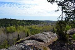 Lookout post along the Haukankierros trail, Nuuksio national park (Espoo, 20120520) (RainoL) Tags: forest espoo finland geotagged spring may u fin nuuksio 2012 uusimaa 201205 haukkalampi nuuksionationalpark 20120520 geo:lat=6031449000 geo:lon=2451452000