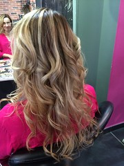 """Coiffure • <a style=""""font-size:0.8em;"""" href=""""http://www.flickr.com/photos/115094117@N03/21660618883/"""" target=""""_blank"""">View on Flickr</a>"""