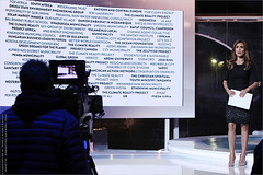 La Terre en direct : le Monde regarde. IMG151113_280__Foundation Al Gore + FNH_JPG Compression. (Sbastien Duhamel) Tags: copyright news paris france french europa europe european newmedia eu agency latoureiffel canon5d press information fr francia climatechange prensa fra photojournalist informacion presse climat solidarit addictedtoflickr fotoperiodista flickrsbest fotoreportero photojournaliste golddragon ultimateshot bancodeimagenes theworldiswatching thebestofday rubyphotographer fondationnicolashulot mdiapart cop21 aupieddelatoureiffel reporterphoto theclimaterealityproject dficlimatique footagestock vanessahauc banquedimages journalistephoto reportersdespoirs projetcop21 mobilisationpourleclimat cop21paris2015 24heuresderalit laterreendirect tragdiesparis parisclimat2015 attentatsparis algoreparis emissionmondialesurleclimat globalprogramonclimate 24hourglobalbroadcast algoreforaglobalday undmetransparent lemonderegarde 24hoursofrealityandliveearth algoreinterromptunemissionmondialesurleclimat