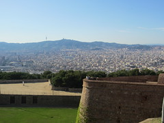 "Vista desde la fortaleza de Montjuic • <a style=""font-size:0.8em;"" href=""http://www.flickr.com/photos/78328875@N05/22915701569/"" target=""_blank"">View on Flickr</a>"
