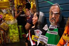 Muñeco de Manuel Burga (juan1.osorio2) Tags: lima central mercado manuel muñeco nadine año mesa nuevo redonda heredia burga