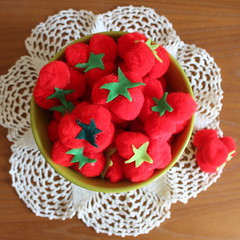 (jessica wilson {jek in the box}) Tags: may16 2016 diy diystrawberries pompoms easydiy playfood