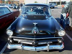 1954 Ford Customline (splattergraphics) Tags: 1954 ford customline pinstripe carshow huntvalleyhorsepower huntvalleytownecentre huntvalleymd