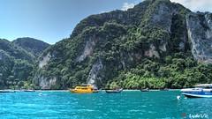 On the way to Phi Phi Island (TH) (Ld\/) Tags: phuket phi phiphi island sea water thailande dream paradise boat speed katu