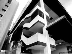 core (Harry Halibut) Tags: park street city bw building blancoynegro car branco stairs tin fire foot blackwhite pond university escape traffic noiretblanc south yorkshire parking steps angles images preto stairwell pedestrians canopy zwart wit weiss bianco blanc nero entry shu allrightsreserved brutalist cladding noire hallam modernistic adsetts schwatz anglesanglesangles sheffieldbuildings obliquemind obliquamente obliquamenteobliquemind contrastbysoftwarelaziness colourbysoftwarelaziness imagesofsheffield sheffieldarchitecture 2015andrewpettigrew sheff1508166947 wrinlyu