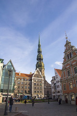 Old Riga (Una S) Tags: street plaza old city building tower church monument st architecture buildings square cobblestone peters riga blackheads vecrga