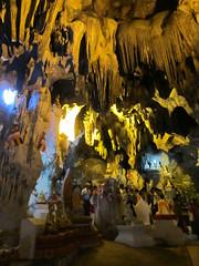 "Pindaya: la grotte aux 8000 bouddhas <a style=""margin-left:10px; font-size:0.8em;"" href=""http://www.flickr.com/photos/127723101@N04/22843748994/"" target=""_blank"">@flickr</a>"