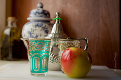 tea for two (susodediego ) Tags: stilllife apple tea manzana bodegn soe t autofocus greatphotographers thegalaxy frameit gnneniyisi oltusfotos vividstriking vpul01 infinitexposure sigma50mmf14dghsmart nikond750