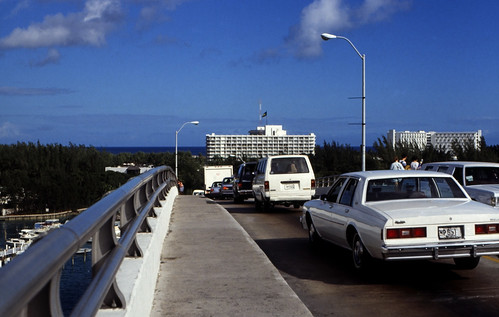 """Bahamas 1988 (245) Paradise Island • <a style=""""font-size:0.8em;"""" href=""""http://www.flickr.com/photos/69570948@N04/23400285194/"""" target=""""_blank"""">View on Flickr</a>"""