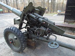 "85 mm divisional gun D-44 7 • <a style=""font-size:0.8em;"" href=""http://www.flickr.com/photos/81723459@N04/23644234416/"" target=""_blank"">View on Flickr</a>"