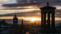Edinburgh Dusk (p.niebergall) Tags: abenddmmerung dmmerung abend dusk edinburgh calton hill schottland scotland great britan view sonne himmel