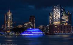 The blue ship. (Robert Benatzky Picture) Tags: hamburg robertbenatzkypicture harbour hafen elbe elbphilharmonie skyline blue blau outdoor lights reflektionen germany deutschland night nacht