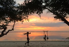 Bali sunset (Juha Helosuo) Tags: sunset nature love people bali indonesia lombok traveller beach life good best paradise color photography silhouette