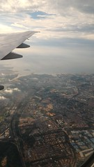 Aerial View from British Airways Flight BA 15 from London Heathrow (LHR) to Singapore Changi (SIN) (Boeing 777-300ER - G-STBK) (Loeffle) Tags: 102016 england grosbritanien greatbritain london heathrow singapore singapur singapura changi airport flughafen lhr sin flug flight ba ba15 britishairways boeing boeing777 boeing777300 boeing777300er gstbk luftbild aerialview indonesia indonesien