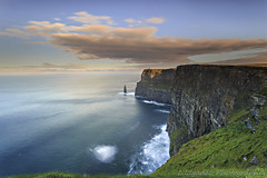 Cliffs of Moher , Co.Clare , Ireland (Ludovic Lagadec) Tags: ireland irish irlande celtique celtic oceanscape ocean outdoor dream gnd8 voyage tripod travel cliffsofmoher falaises seascape sea sky marin mare matin morning poselongue paysage longexposure landscape doolin coclare clare irelande nd64 nisi ndfilter filter nisifilter gndreverse