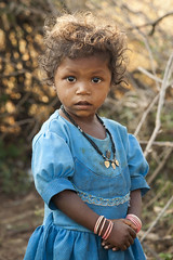 Baiga girl (wietsej) Tags: baiga girl sony a100 zeiss sal135f18z 135 maikal hills chhattisgarh india tribal rural village