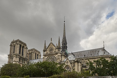 Navegando por el Sena 10 (CarlosJ.R) Tags: catedral francia notredame pars sena