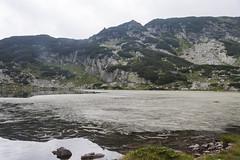 Colonizado por las algas (manolovega) Tags: manolovega canon canon40d eos40d bulgaria lagosderila lagos rila algas