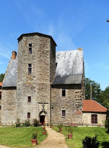 3b -Château de la Blandinière LA CHAPELLE LARGEAU