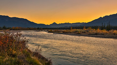 Athabasca Evening (Daniel.Peter) Tags: athabascariver berge canada fluss highway16 hwy16 jaspernationalpark kanada silhouette sonnenuntergang dpe3x mountains river sunset