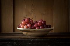 Grapes (Rense Haveman) Tags: pentaxk5 rensehaveman singleindecember2016 supertakumar105mmf28 fruit grapes stilllife