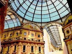 Milan - Italy (Valdeci.Lima) Tags: milan gallery italy