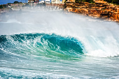 Reeling Rights (sebr) Tags: surf au sydney australia nsw newsouthwales breakingwave tamarama