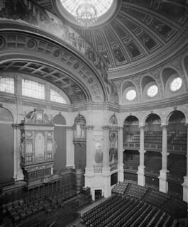 Auditorium in McEwan Hall in Edinburgh c1897