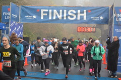 DSC_0946 (daveburroughs125) Tags: vancouver running racing 10k stanleypark inspiring halfmarathon 5k inittowinit worldsbestpark