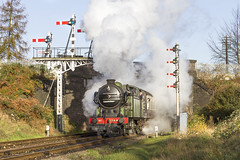 IMG_3526 (Kev Gregory) Tags: road bridge november heritage last season no leicester great north central 21st engine railway class steam works service locomotive passing through gregory kev gala 1000 loughborough hurrah n2 beeches 2015 1744 gcr gresley 062t 2a06