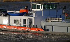 MTS Calcit 4 - MotorTankSchip (Eduard van Bergen) Tags: bridge blue trees sky white green reed water netherlands dutch yellow river boat waves tank outdoor flag ships 4 nederland skipper bank boote wash crew bow captain vehicle abc meander sailor hull mate riverbank upstream rhine stern beacon paysbas tanker schiffe lek niederlande rijkswaterstaat daf rivier downstream rws vaartuig calcit marifoon dgsm mariphone