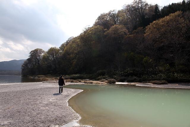 カルデラ湖の宇曽利湖|恐山菩提寺