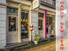 Happy New Year | Gutes Neues Jahr (K.H.Reichert) Tags: berlin deutschland prenzlauerberg happynewyear talisman glcksbringer luckycharm redunderwear roteunterwsche