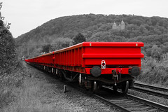 Red (mikeplonk) Tags: cardiff radyr taffswell valleylines southwales engineerstrain tongwynlais red castellcoch redcastle dbschenker taillight 66057 shed class66 colorpopping colourpopping landscape nikon d5100 18140mm train railway back vanishingpoint