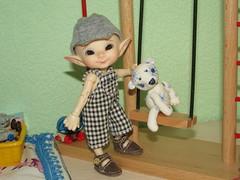 IMG_4144 (cat-soft paws) Tags:        realpuki pupu bear house toys