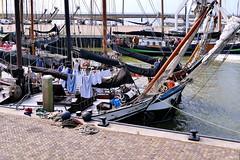 Groe Wsche nach der Fahrt - Big wash (antje whv) Tags: harlingen boote boats holland hafen port urlaub