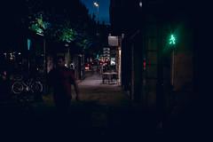 L'axe rouge (pikeneuy) Tags: canon 6d 50mm bordeauxmaville bordeaux streetphotography night backlight light nuit lumire