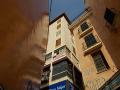 Palma de Mallorca, Spain (Shaun Smith-Milne) Tags: majorca majorque mallorca palmademallorca immeuble buildings graffiti bâtiments upshot espagne spain