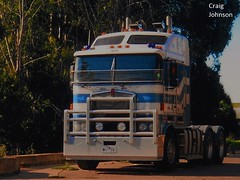 photo by secret squirrel (secret squirrel6) Tags: secretsquirrel6truckphotos craigjohnsontruckphotos kenworth aerodyne cabover kw coe bobtail horsefieldtransport gippsland thorpdale