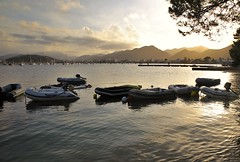 Tout s'acclre (Stacey048) Tags: sunset spain sea boats calmness relax takeyourtime mallorca