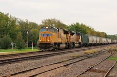 Running to the Hills (BravoDelta1999) Tags: unionpacific up railroad kansaspacific kp railway salinasubdivision rossville kansas emd sd70m 3861 grain train