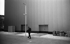 Expo (Valt3r Rav3ra - DEVOted!) Tags: lomo lomography lca lomolca bw biancoenero blackandwhite ilforddelta400 valt3r valterravera visioniurbane urbanvisions streetphotography street sovietcamera 35mm analogico milano expo