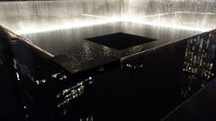 Memorial Fountain 03782 (Omar Omar) Tags: newyork newyorkny newyorknewyork usa usofa etatsunis usono manhattan lowermanhattan worldtradecenter 911memorial 911 september11 september11memorial septiembre11 septembre11 michaelarad peterwalker fountain fuente water waterfalling enmemoria mmorial memorial